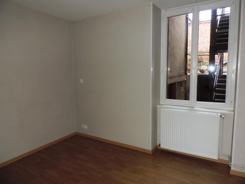 Location appartement Amplepuis 280€ CC - Photo 3