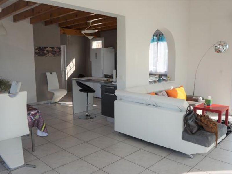 Sale house / villa Clonas sur vareze 327000€ - Picture 3