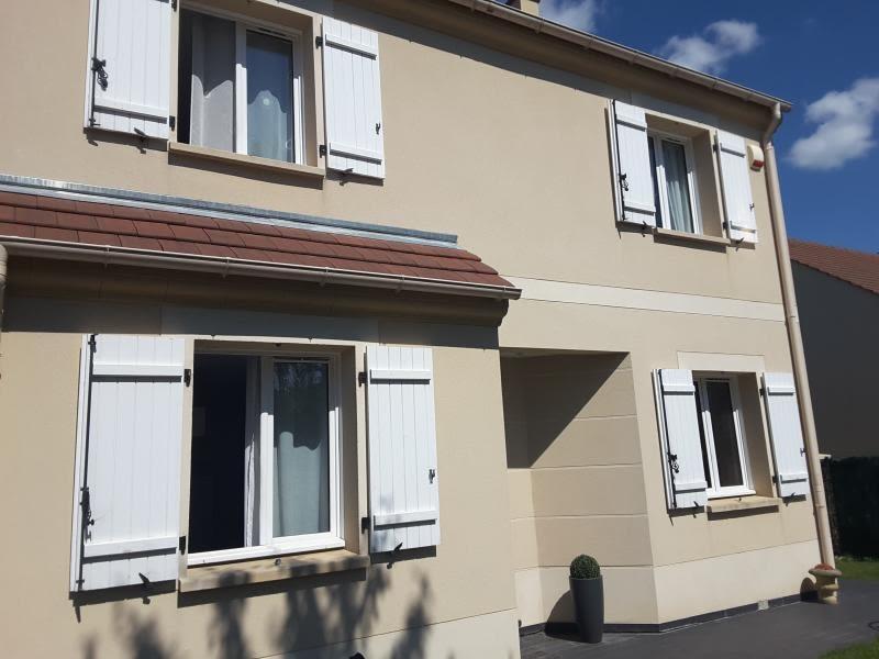 Rental house / villa Morainvilliers 1864€ CC - Picture 1