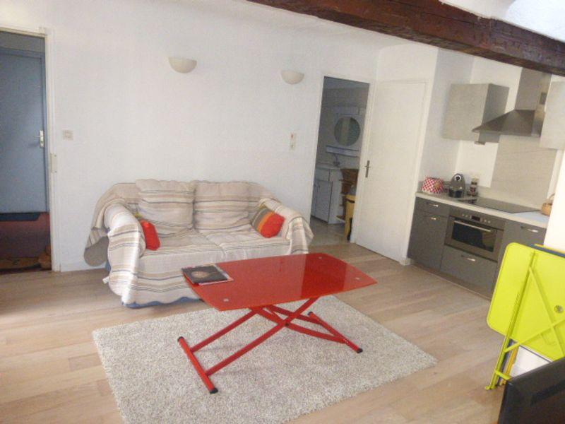 Location appartement Aix en provence 872,12€ CC - Photo 3