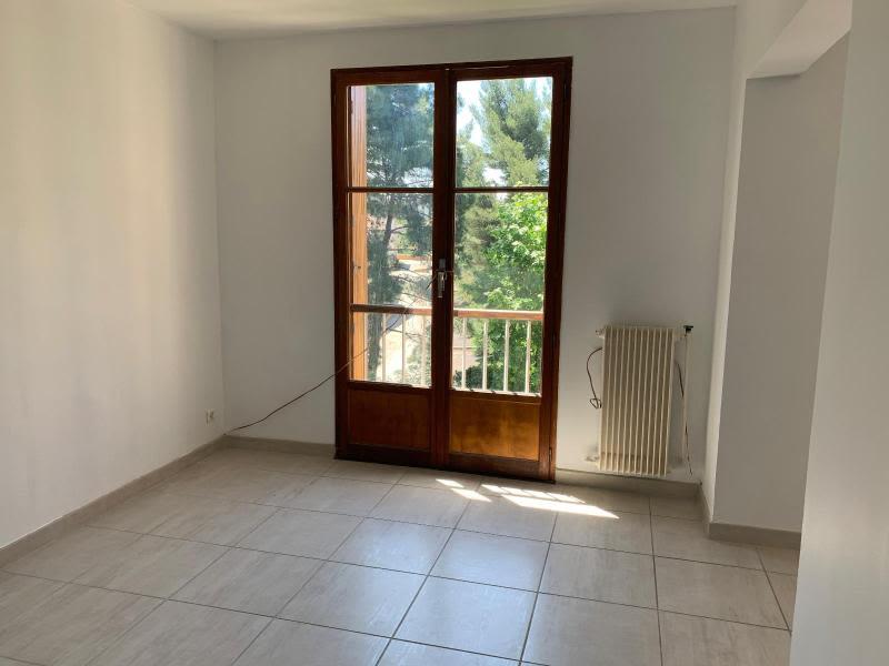 Location appartement Aix en provence 945€ CC - Photo 2