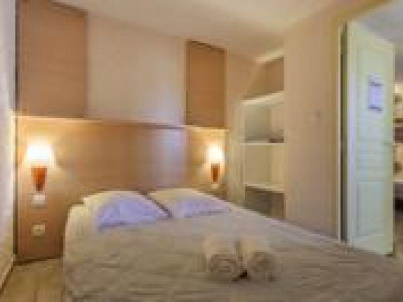 Sale house / villa Borgo 97727€ - Picture 2