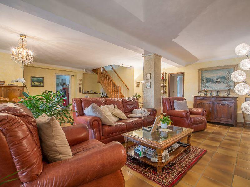Vente maison / villa Aix en provence 790000€ - Photo 3