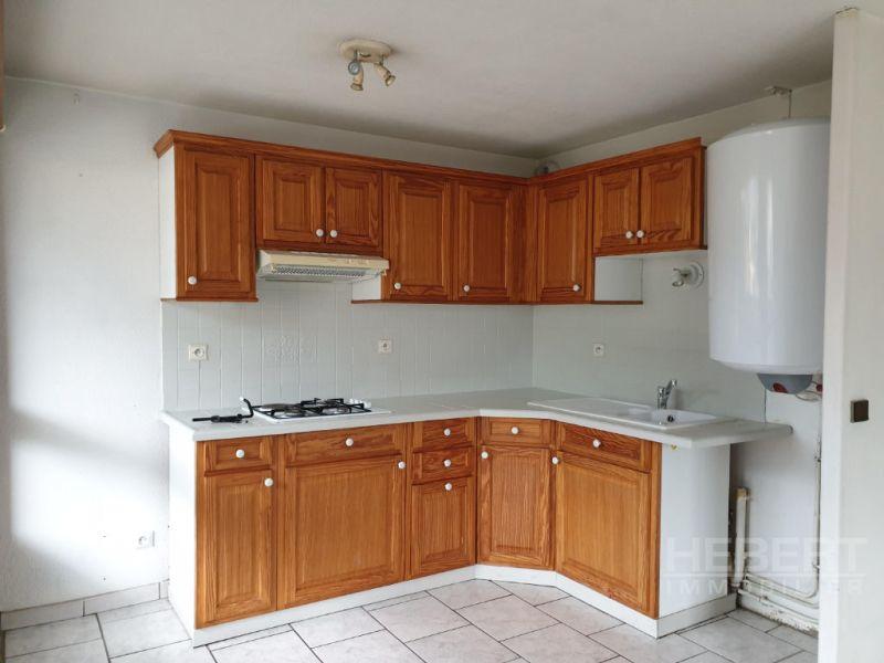 Rental apartment Sallanches 590€ CC - Picture 3