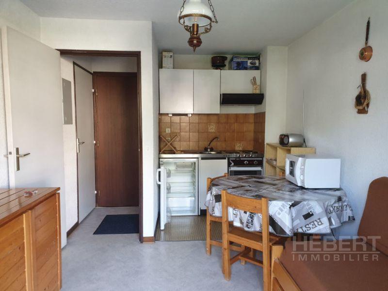 Rental apartment Sallanches 460€ CC - Picture 2