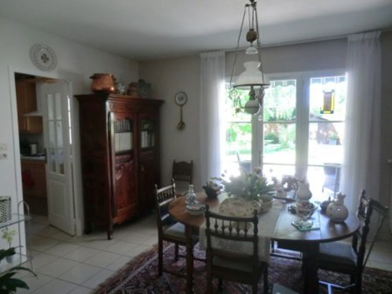 Sale house / villa Chalon sur saone 220000€ - Picture 3