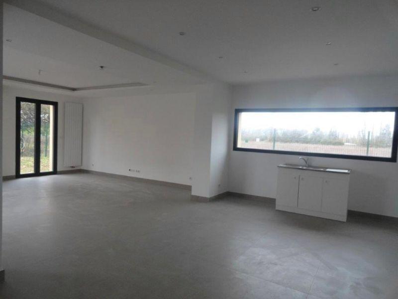 Sale house / villa Feucherolles 750000€ - Picture 3