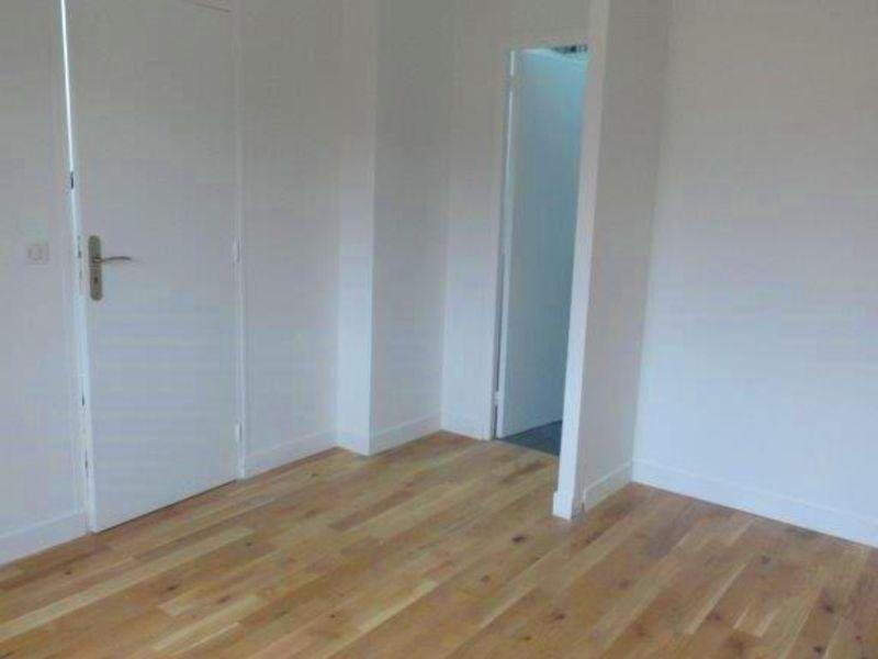 Sale house / villa Feucherolles 750000€ - Picture 4