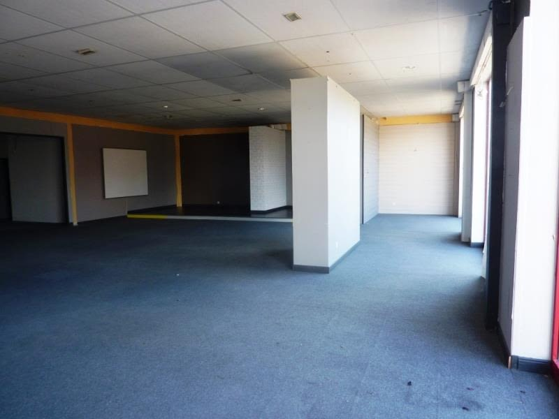 Sale empty room/storage Fougeres 241 040€ - Picture 3