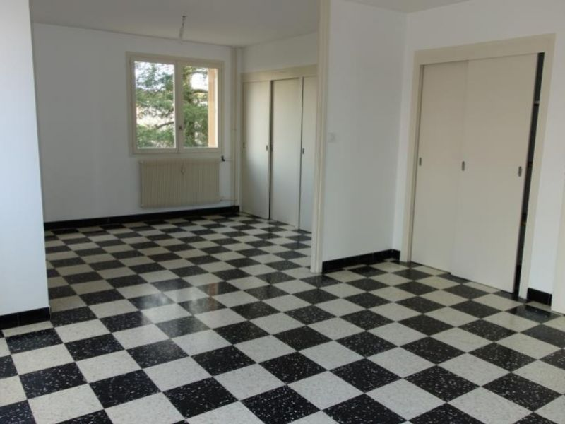 Rental apartment Roanne 565€ CC - Picture 1