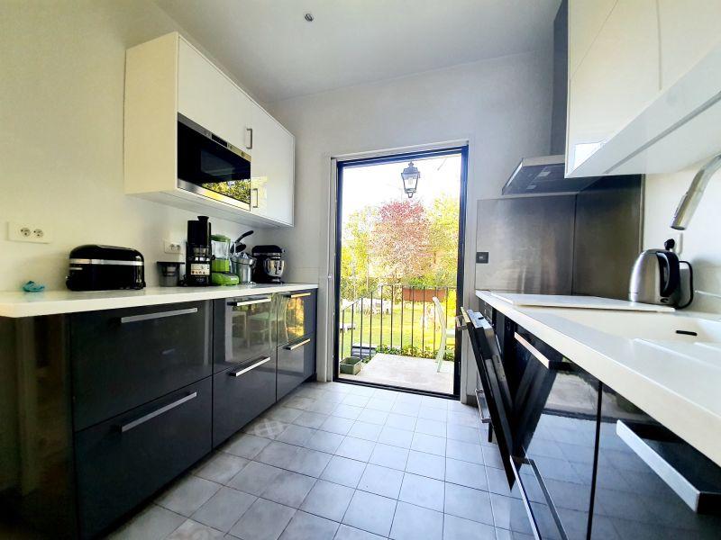 Sale house / villa Villemomble 890000€ - Picture 7