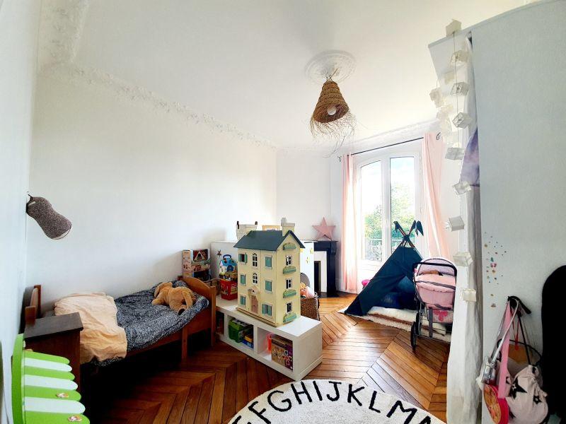 Sale house / villa Villemomble 890000€ - Picture 8