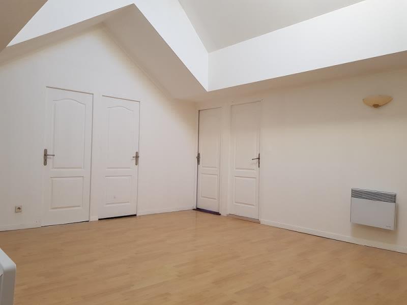 Sale house / villa Cers 399000€ - Picture 7