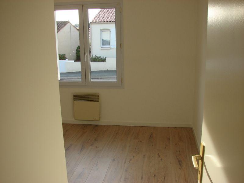 Sale house / villa La roche sur yon 230500€ - Picture 3