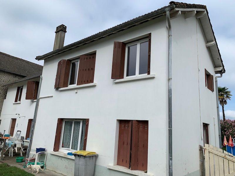Sale house / villa Boeil bezing 180000€ - Picture 1