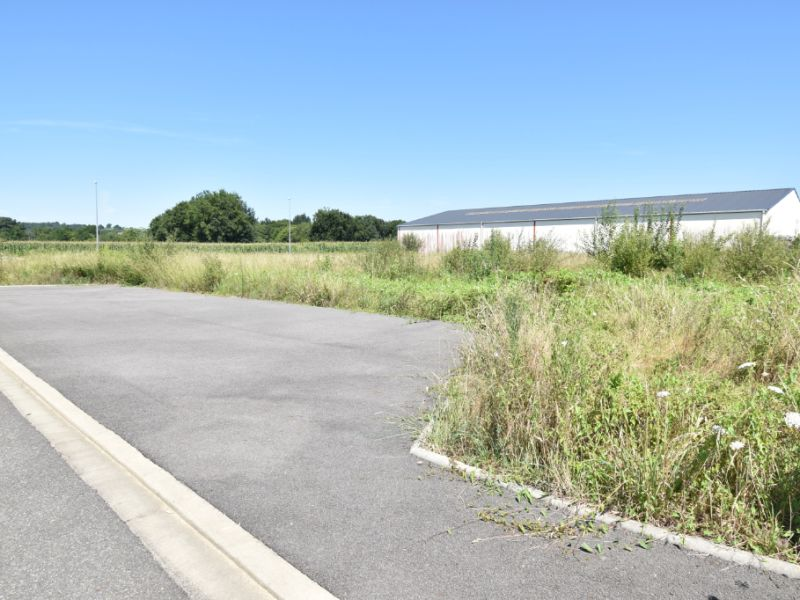 Sale site Morlaas 84 775€ - Picture 1