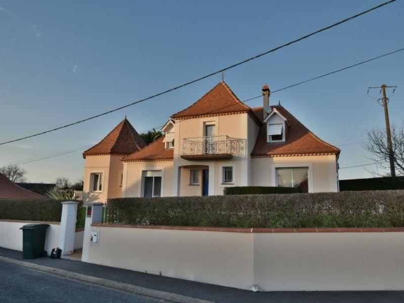 Sale house / villa Montardon 444000€ - Picture 1