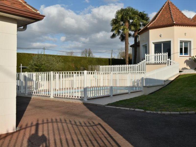 Sale house / villa Montardon 444000€ - Picture 2