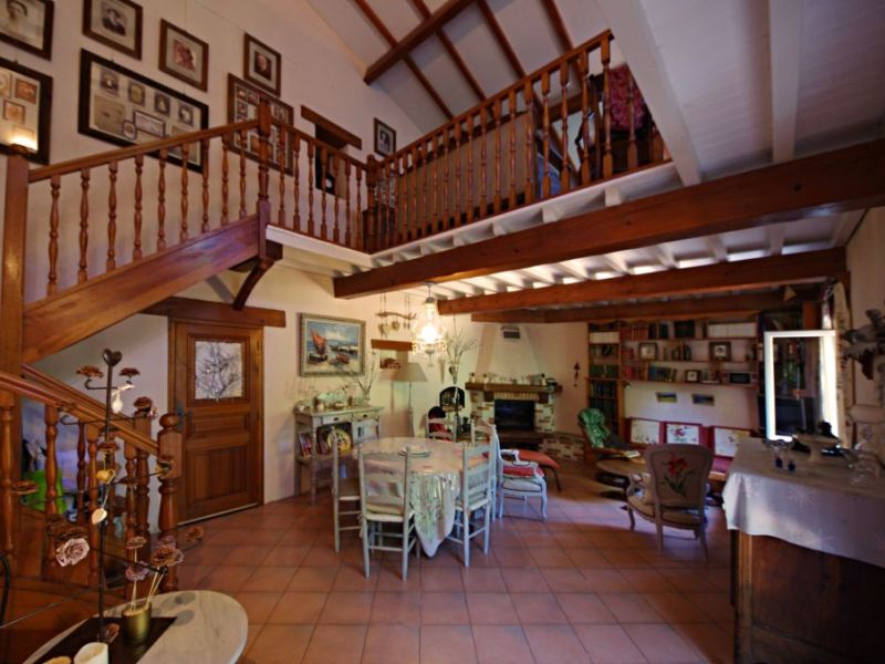 Vente maison / villa Brouilla 572000€ - Photo 9