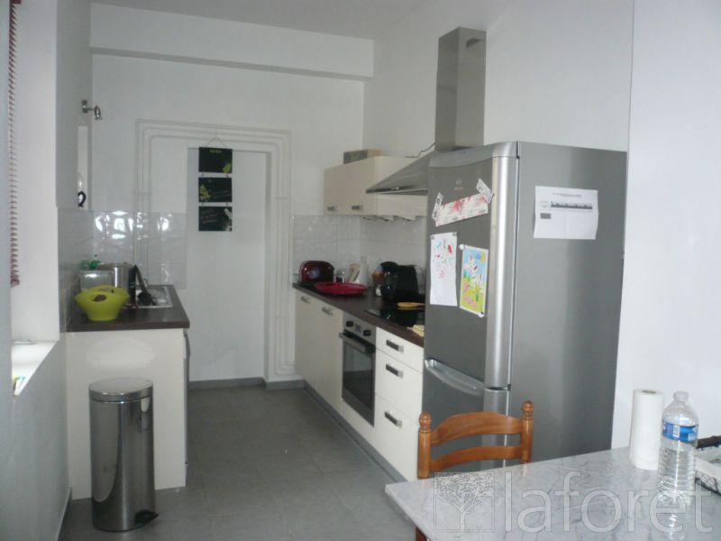 Sale building Bourgoin jallieu 945000€ - Picture 7