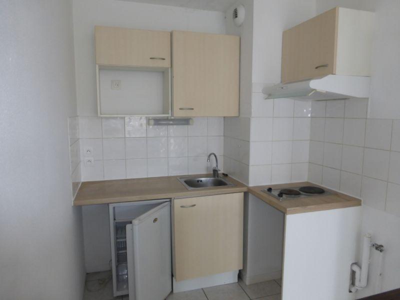 Rental apartment Billere 450€ CC - Picture 3