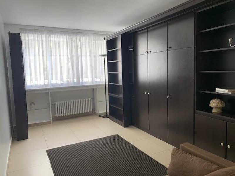 Rental apartment Paris 8ème 1500€ CC - Picture 3