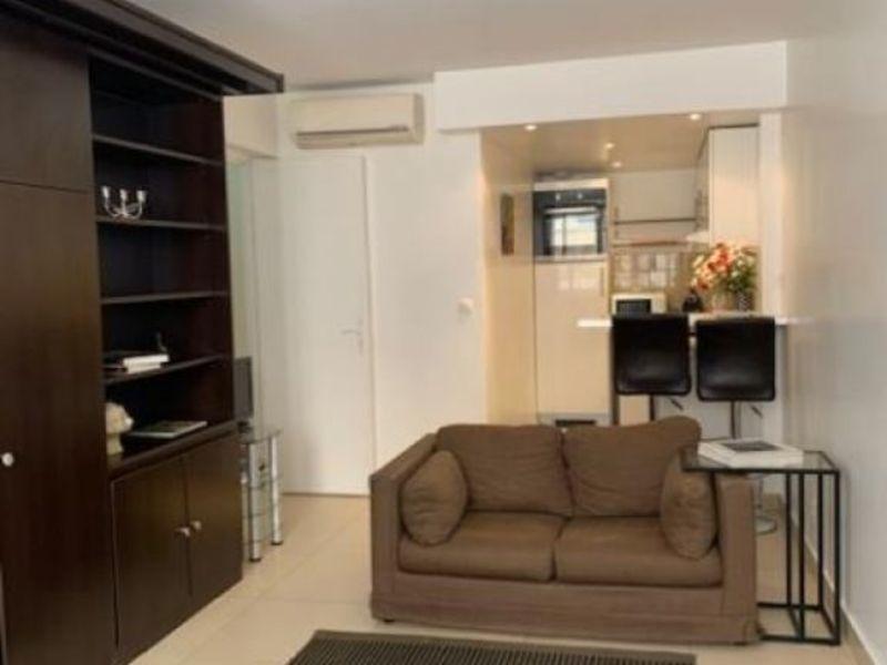 Rental apartment Paris 8ème 1500€ CC - Picture 4