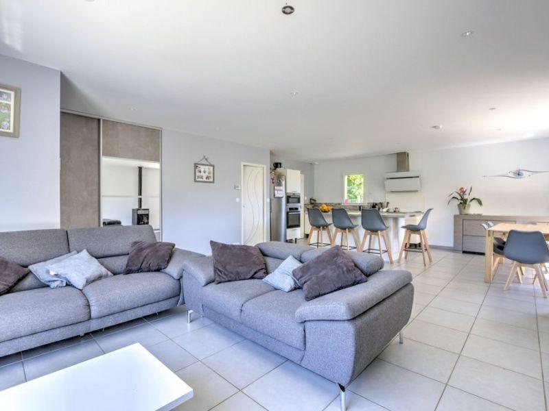 Vente maison / villa Liergues 379000€ - Photo 9