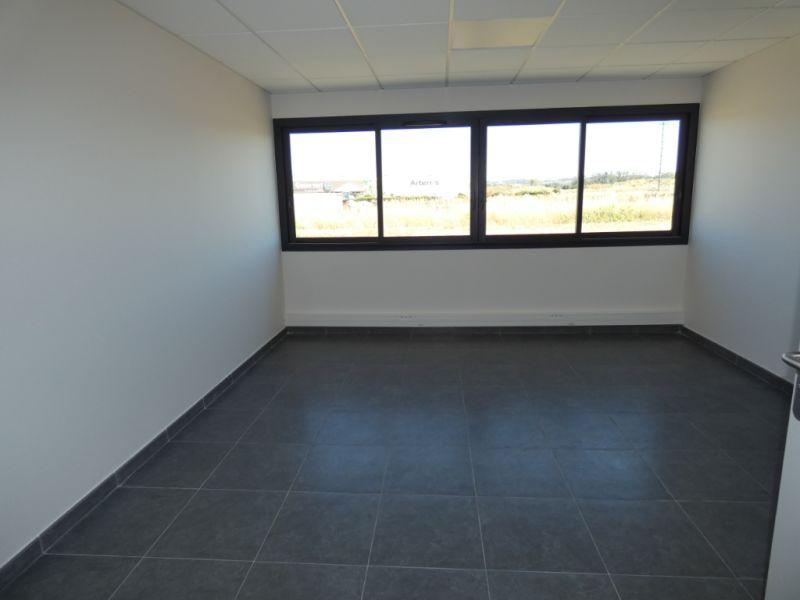 Rental empty room/storage Bram 366,72€ HC - Picture 2