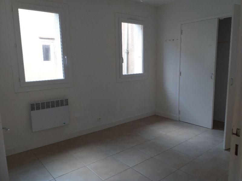Rental apartment Montreal 450€ CC - Picture 2