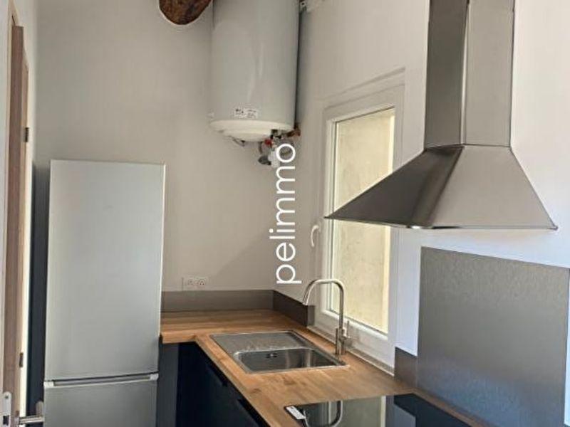 Rental apartment Salon de provence 580€ CC - Picture 2
