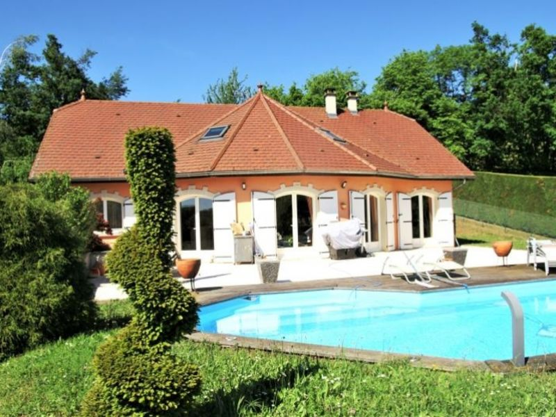 Sale house / villa La tour du pin 383 000€ - Picture 1