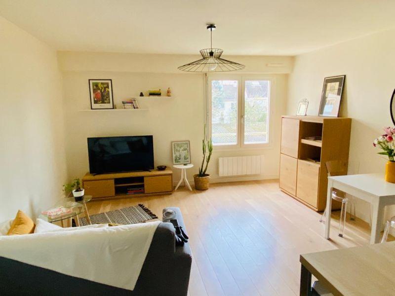 Sale apartment Houilles 237000€ - Picture 1