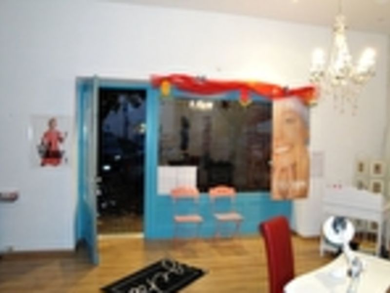 Location local commercial Fontenay le comte 400€ HC - Photo 4