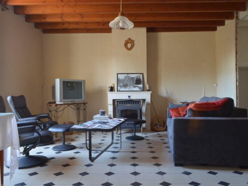 Vente maison / villa Maille 106800€ - Photo 2