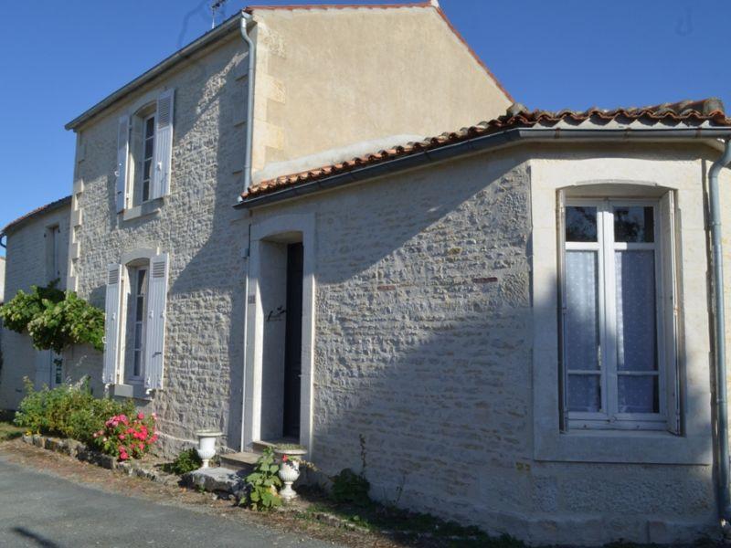 Vente maison / villa Maille 106800€ - Photo 8