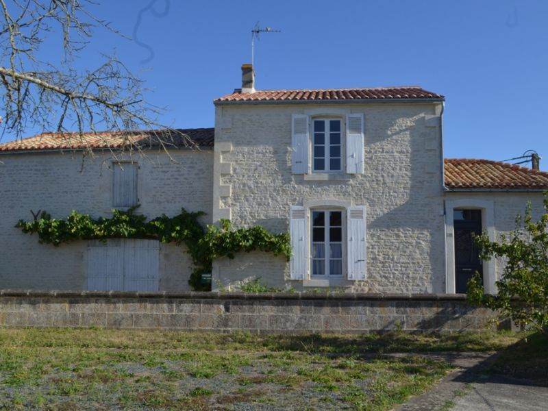 Vente maison / villa Maille 106800€ - Photo 9