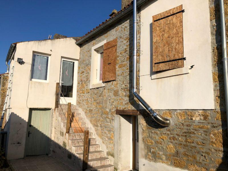 Vente maison / villa L hermenault 86000€ - Photo 1