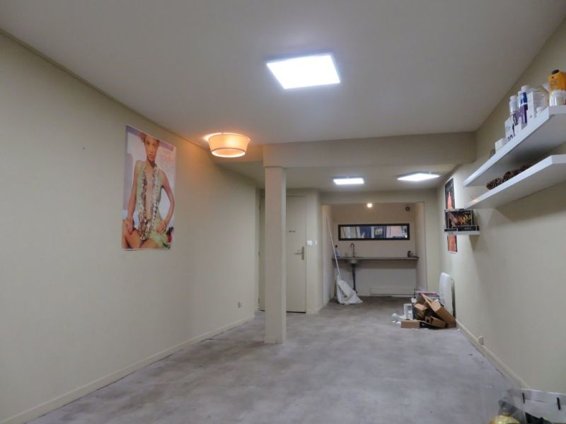 Location local commercial Agen 550€ HC - Photo 3