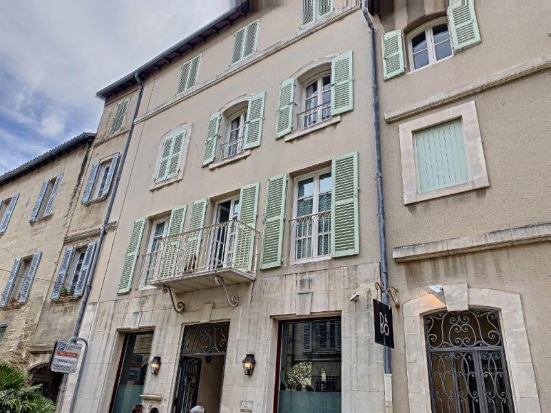 Appartement Avignon  INTRA-MUROS , 3 pièce(s) 90.20 m2