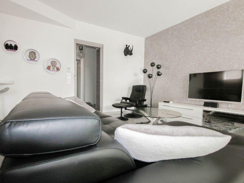Appartement de type 2 rez de jardin - haut de gamme - 77 m² - Ai