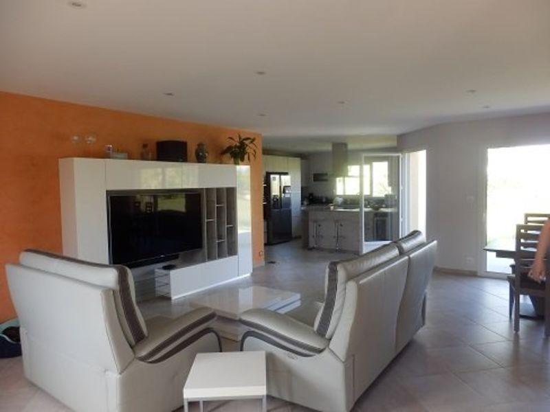 Sale house / villa St germain du plain 285000€ - Picture 2