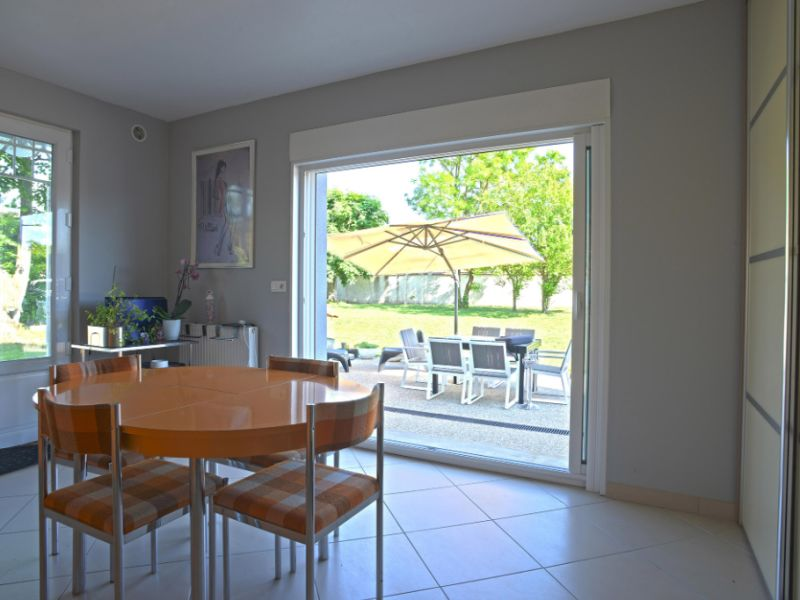 Sale house / villa Freneuse 570 000€ - Picture 9