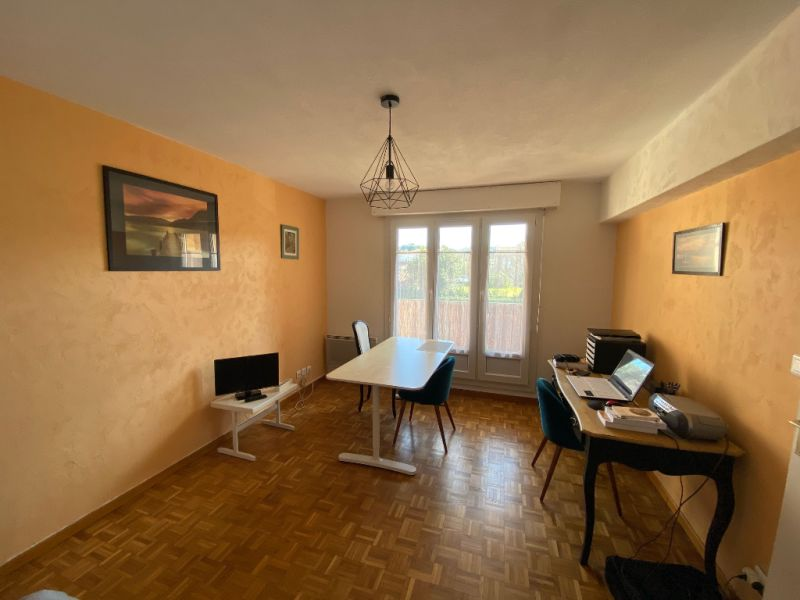 Vente appartement type 2 centre village LES MILLES