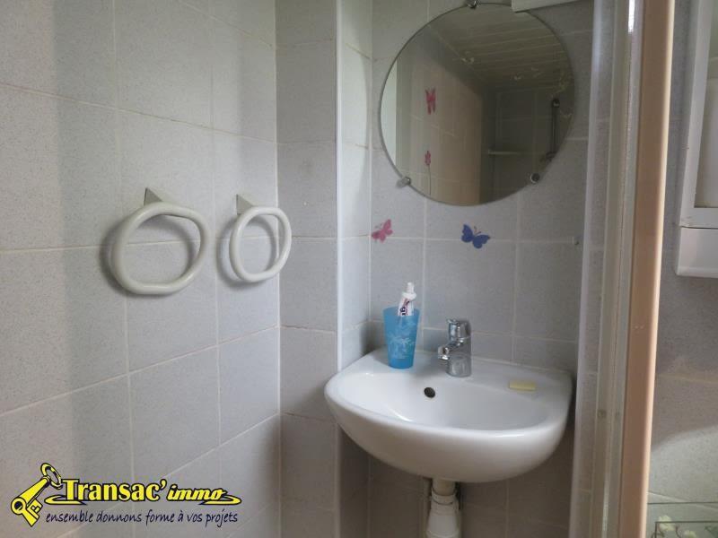Sale house / villa Chateldon 39600€ - Picture 4