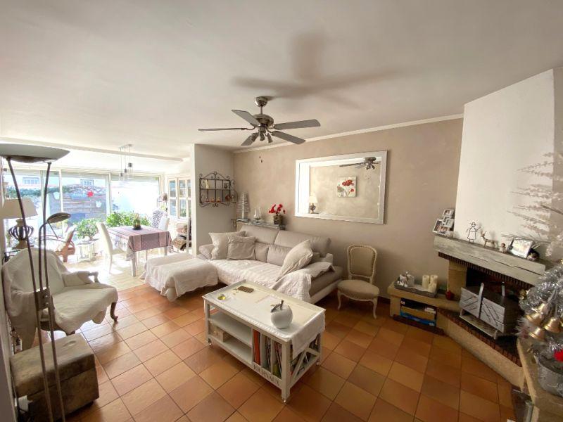 Vente maison / villa Aix en provence 389000€ - Photo 3