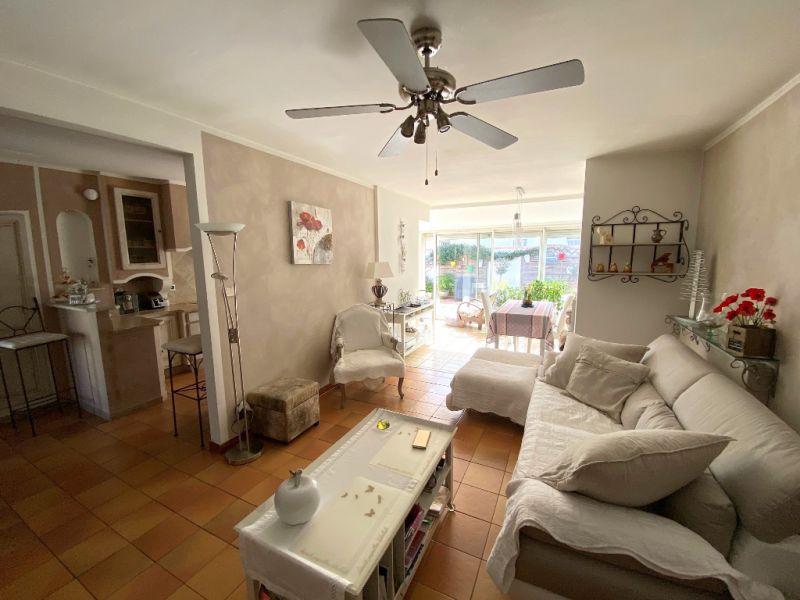 Vente maison / villa Aix en provence 389000€ - Photo 4
