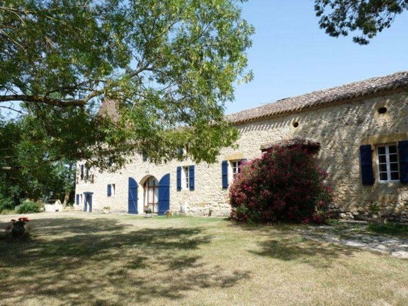 Sale house / villa Nomdieu 590000€ - Picture 1