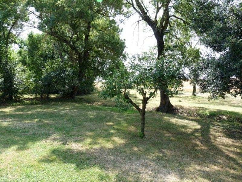 Sale house / villa Nomdieu 590000€ - Picture 5
