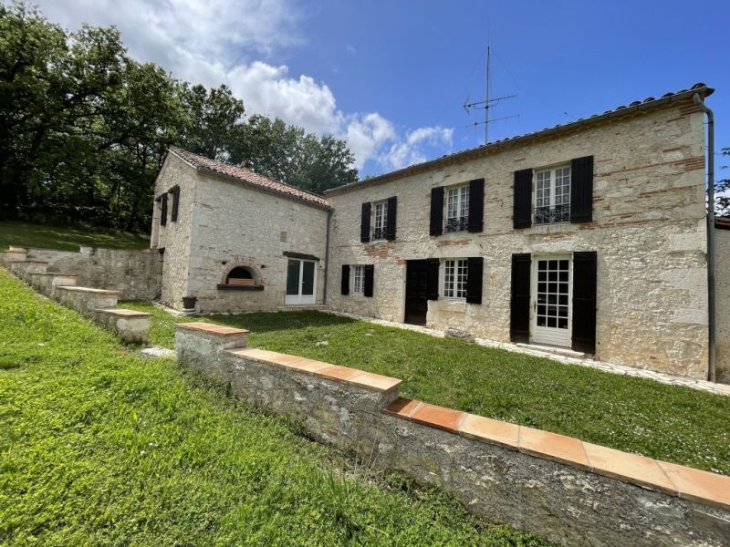 Sale house / villa Agen 330 000€ - Picture 1